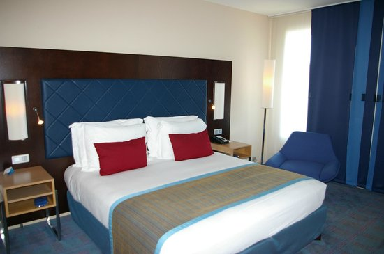 Radisson Blu Hotel, Toulouse Airport : Business Room