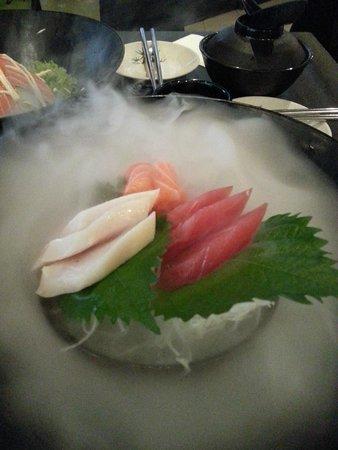 Nijyumaru Japanese Restaurant : Sashmi