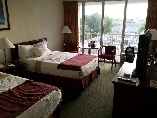 Ramada Hialeah/Miami Airport: Room with .... view