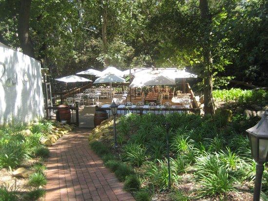 Racine Restaurant: Sunny day on the deck