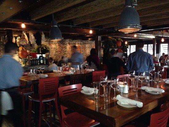 Birravino Casual Fun New Decor Communal Tables Are An Option