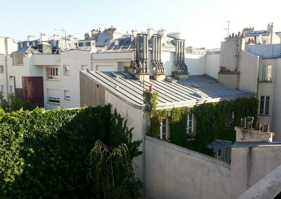 Classics Hotel Bastille: View from our room