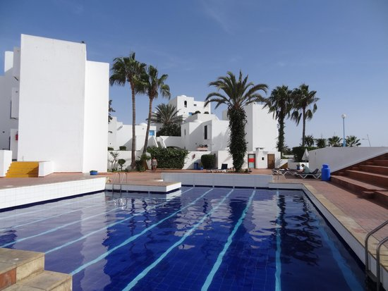 Residence Igoudar Apartments : zwembad