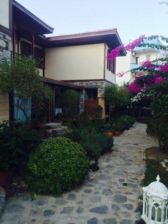 Hotel Datca Turk Evi: Garten
