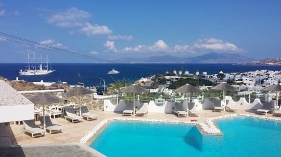 Ilio Maris Hotel: blue colors