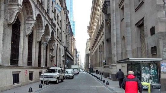 Microcentro: Algumas rua estreitas.