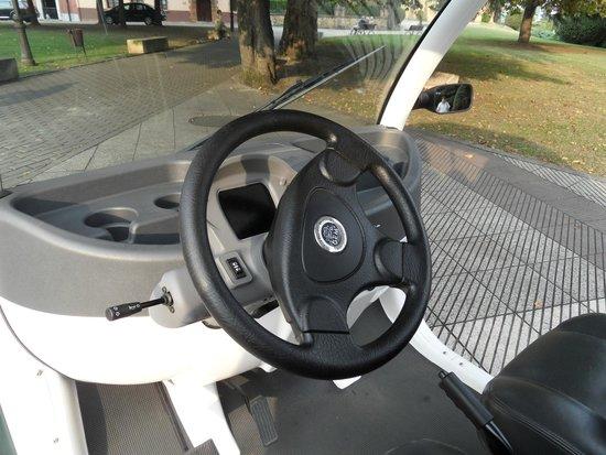 Interior coche eléctrico Tourelec