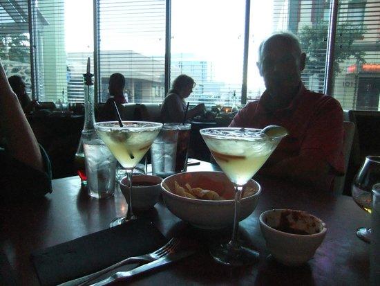 Cafe Poca Cosa : Margaritas - very good!