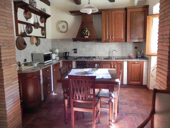 Agriturismo Rocca di Pierle: Cutest Kitchen Ever!