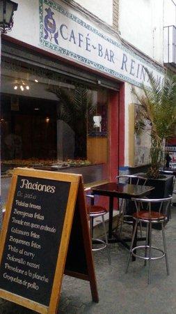 Cafe-Bar Reina Monica