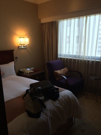 Brother Hotel Taipei: Small but comfortable room