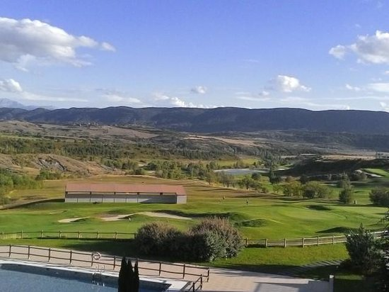 Hotel Real Golf & Spa Badaguás Jaca : View from the room