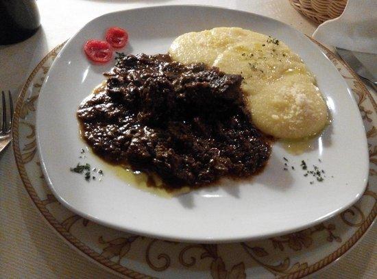 La Vecia Mescola: horse dish
