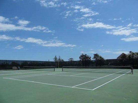 Windward Shores: Two All-Weather Tennis Courts