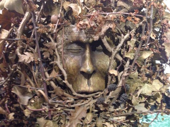 The Museum of Witchcraft and Magic: Twigs