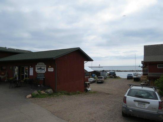 Dockside Fish Market : Front