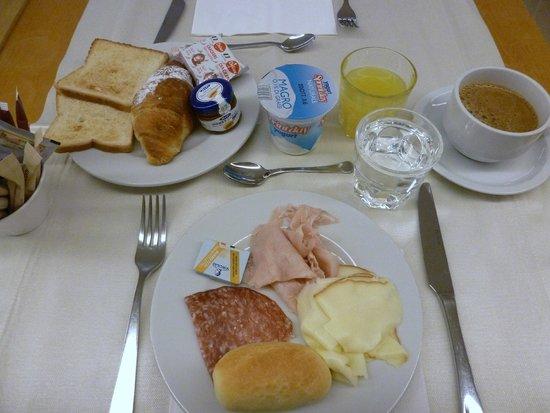 Mercure Palermo Centro: petit déjeuner