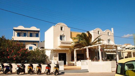 Memories Beach Hotel