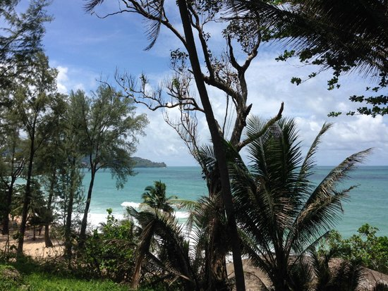Surintra: Surin Beach