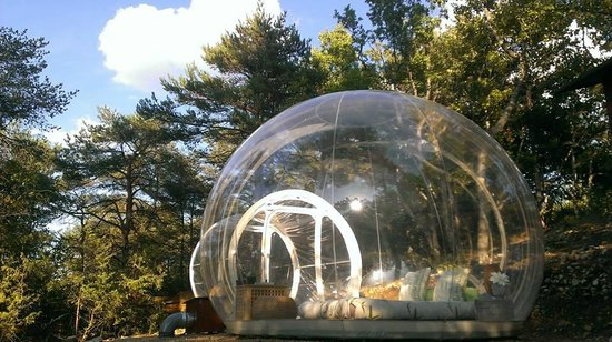 Montagnac-Montpezat, France : Bubble Zen