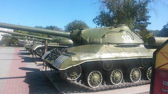 เชเลียบินสค์, รัสเซีย: Музей военной техники
