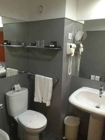Rocamar Exclusive Hotel & Spa: Bathroom