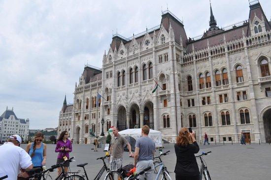 Budapest Bike Breeze: Nice