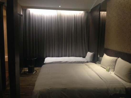 Look Hotel: Double bed with 3rd bed