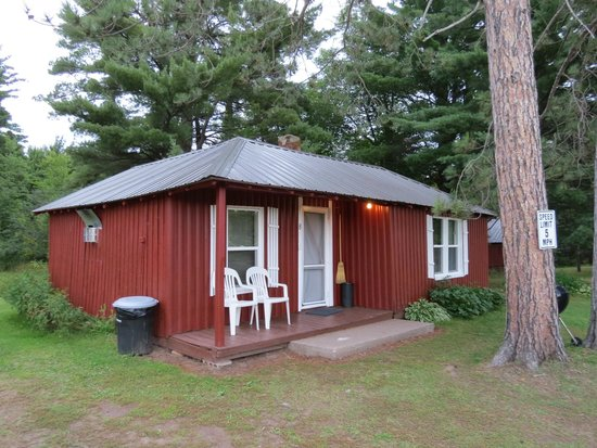 Trout Creek, MI: Large cabin