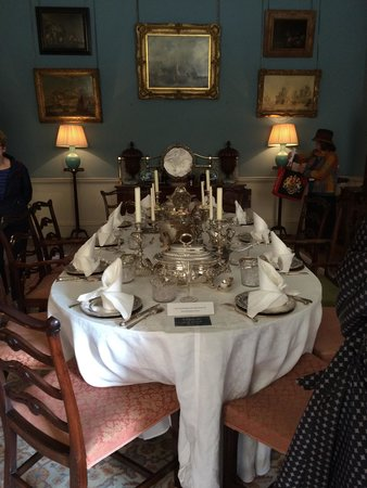 Fairfax House : The Dining room with all the fine silverware to show the extravagance of the quality of the hous