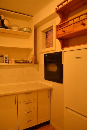 Apartments Nikolla : Kitchen are fully equipped