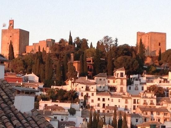 Hotel Navas: view of Alhambra