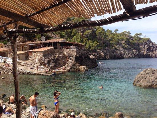 Cala Deia: View of restaurant