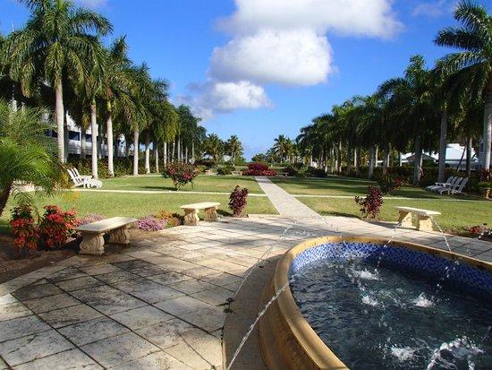 Hotel Riu Palace St Martin: Walk from lobby