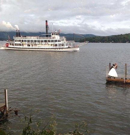 Boathouse Restaurant: Dock right next to restaurant