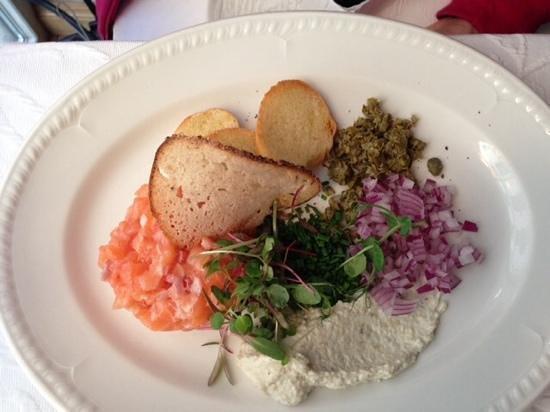 Neiburgs Restaurant: Salmon Tartar