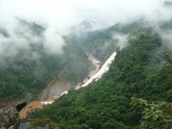 Most scenic drive in Odisha,must access Deomali, highest