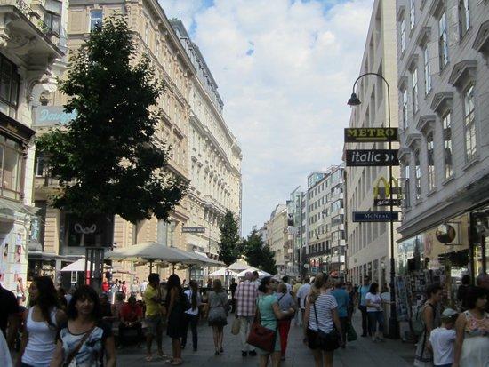 Graben and Kohlmarkt : Graben