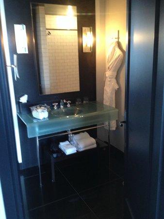 Hotel Le Germain Quebec : Bathroom - Beautiful