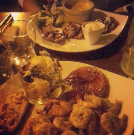 La Cocotte: gambas poellees et duo de magrets de canard