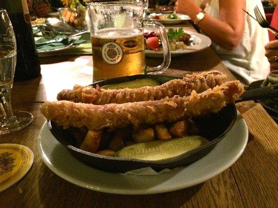 Strandhalle Binz: Deep fried sausage. Yummy!!!
