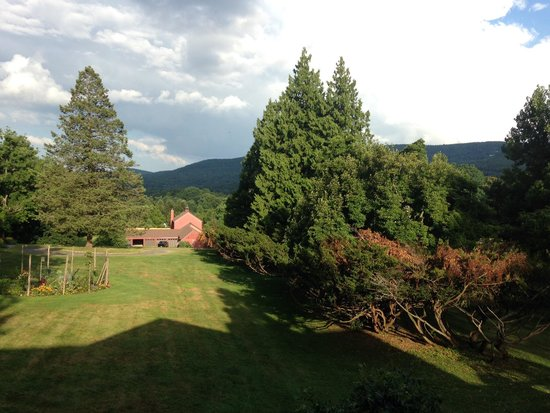 Mountainville, Estado de Nueva York: View from the porch - the perfect place for a morning cup of coffee.