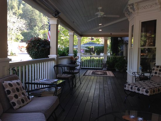 Embrace Calistoga : Coffee on the porch in the morning