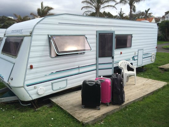 Takapuna Beach Holiday Park: Caravana