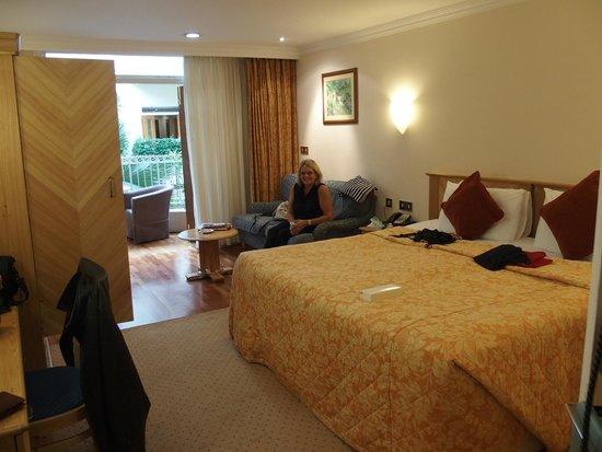 Sefton Hotel: Room