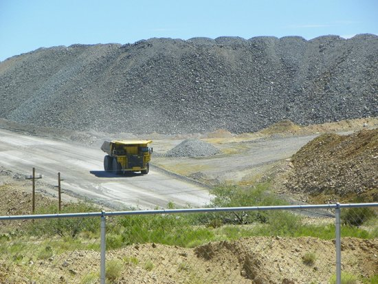 Asarco Mineral Discovery Center: Big truck