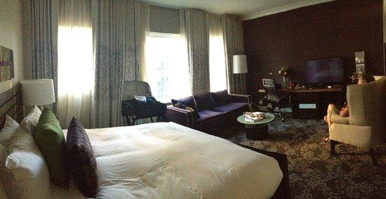 Kimpton Hotel Vintage Seattle: Our room