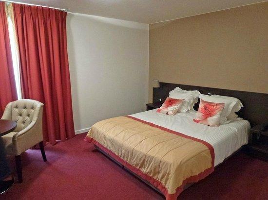 Academie Hotel: Room