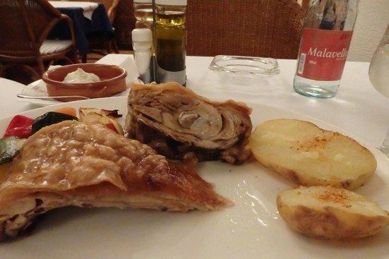 Avanti: Daily menu main course roasted pig, real dude food dish
