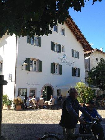 Hotel Teutschhaus : Entrance